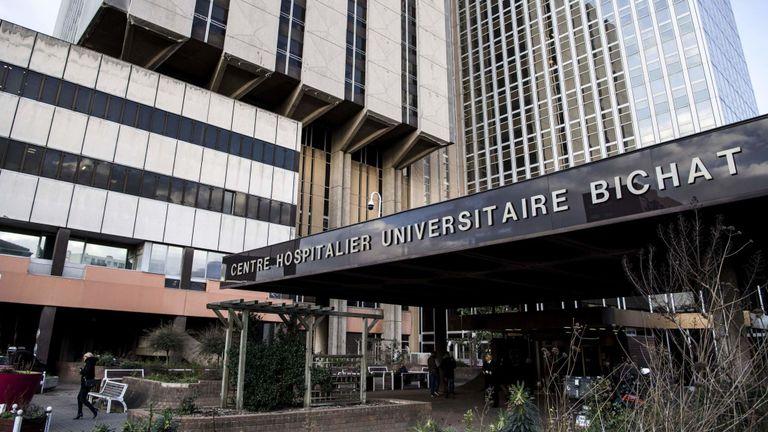 Tânărul de 80 de ani a murit în urma unei infecții pulmonare la Spitalul Bichat-Claude Bernard din Paris.